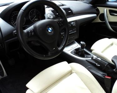 Carro Limpo: Motor + Jantes + Interiores + A/C + Pintura + Estofos