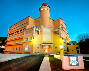 Grande Hotel de Luso 4* - Noite & Jantar Romântico