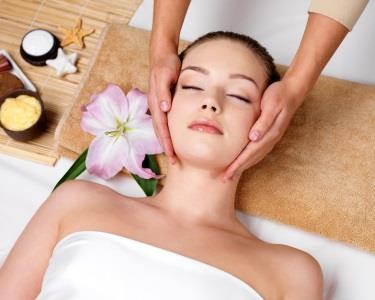 Professional Face Care | Limpeza de Pele +Microdermoabrasão +Moléculas