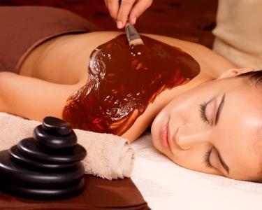Fit Spa: Envolvimento em Chocolate + Massagem + Aromaterapia + Chá finalizante