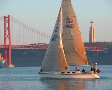 Sailing Experience | Lisboa Autêntica | 2 Ou 6 Pessoas