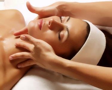 Peeling + Limpeza Profunda + Máscara + Massagem | Cascais