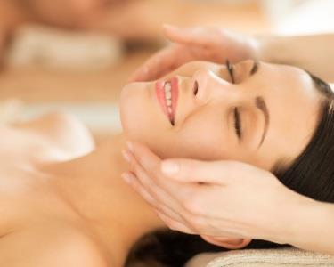 Seda Facial | Limpeza + Esfoliação + M??scaras + Hidratante  | Restelo