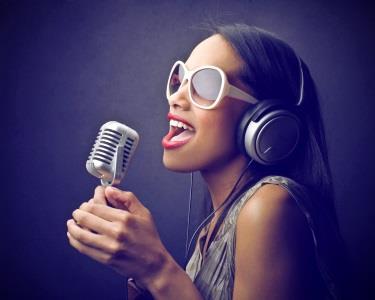 Tenha uma Experiência de Sonho | Cante em Estúdio durante 1h | Porto