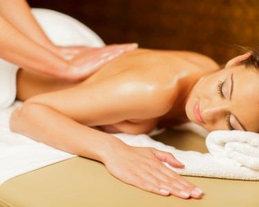 Massagem & Hidratação Corporal by Holmes Place
