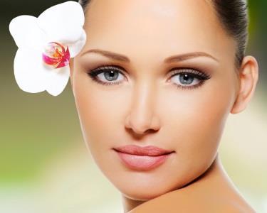 Rejuvenescimento Facial - 4 tratamentos em 1 | ESSENTIALS® Day Spa Bairro Azul