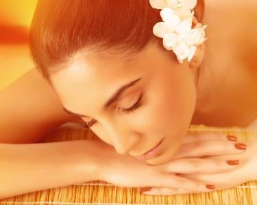 Relax Massage & Óleos Essenciais 1h | Praça de Espanha