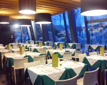 Jantar a Dois com Vista Rio | Entrada + Prato + Bebida + Sobremesa