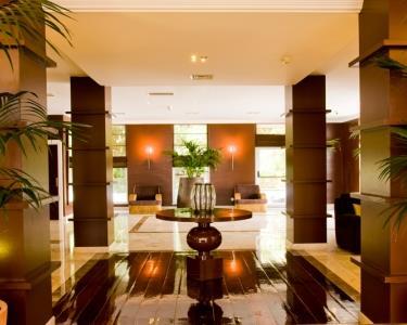 Hotel Amazónia Jamor 4*- Noite com HealthClub e Jantar a Dois