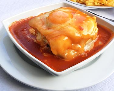 Menu a Dois em Matosinhos | Francesinha, Cachorrão ou Hambúrger