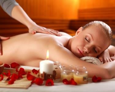 Massagem de Relaxamento à  Escolha | Bambu, Búzios Ou Pedras Quentes