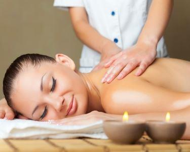 Massagem & Esfoliação c/Açúcar + Acesso Piscina Interior Santana Hotel