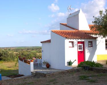2 Noites & Piscina em Monte Alentejano junto a Vila Medieval