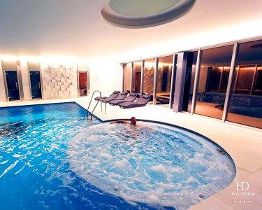 Duecitânia Design Hotel 4* | 1 Noite com Massagem e SPA