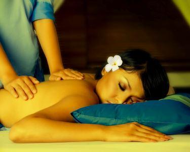Massagem à escolha | Relaxamento, Árabe ou Velas - Boavista