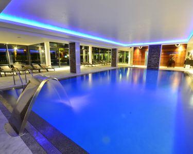 Aquashow Park Hotel 4* | Estadia + Piscina Interior + Jantar