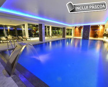 Páscoa no Aquashow Park Hotel 4* | Estadia + Piscina Interior + Jantar