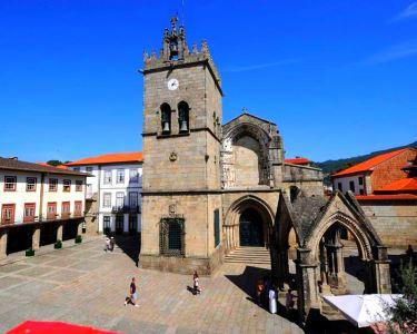 Venha descobrir «Guimarães Histórica» | Tour de Meio-Dia