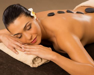 Massagem Hot Stones com Espumante & Fruta 1h | Braga