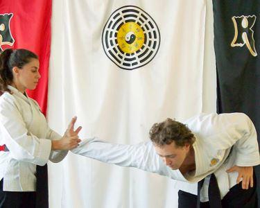 Aulas de Pa-kua Tai-Chi no Feminino | Defesa Pessoal | Tiro com Arco | Yoga Chinês | Olivais