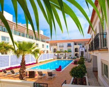 Holiday Residences Praia D'El Rey - Noite de Luxo em T1 ou T2