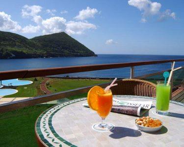 Primavera e Verão na Ilha Terceira | Voos + 2 Noites + Crianças