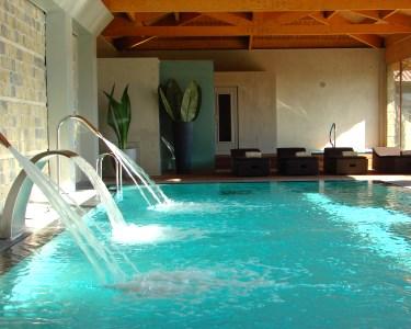 Fuga Relax no Hotel Lusitano 4* |  1 ou 2 Noites com Flutuação ou Jantar Romântico