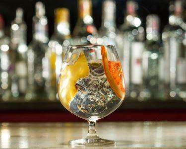 Hendrick's Gin para Dois   Speliking - Bar & Bistro
