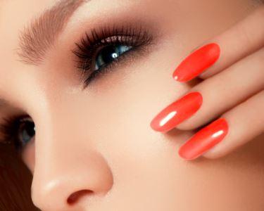 Manicure + Esfoliação + Verniz de Gel | Estilo Verão Akhesa