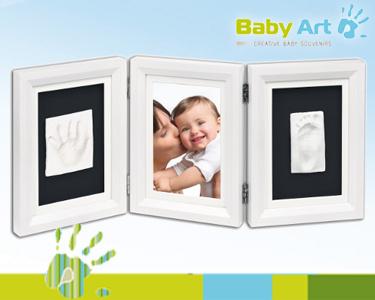 Moldura 3 em 1 da Baby Art® com Molde para Mãos e Pés