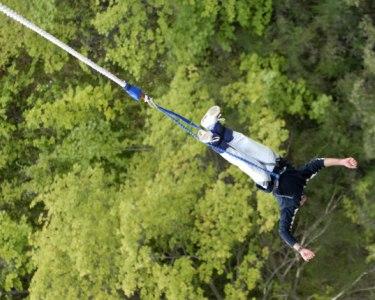 Adrenalina & Amigos! Salto Pendular para 1,2,3 ou 4 Pessoas | Aventuresca