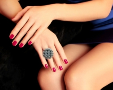 Queens Nails |  Massagem de Mãos + Verniz de Gel | Viseu