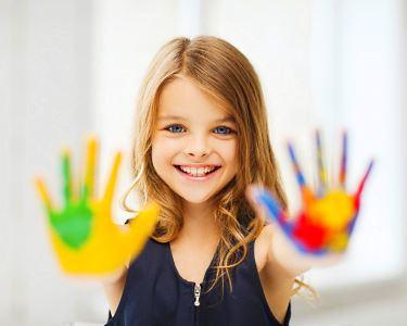 Pintura de Falso Vitral | Cores & Alegria | Workshop para Crianças