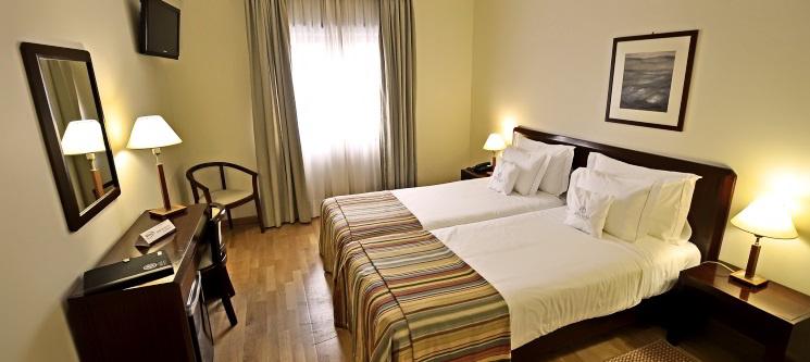 1 ou 2 Noites c/ Opção de Jantar em Pleno Alto Minho! Hotel Meira 4*