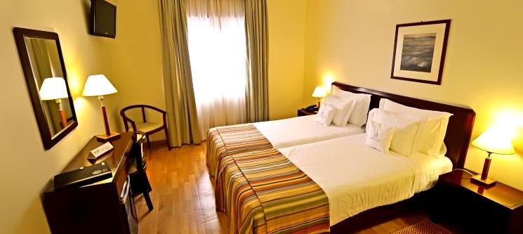 Vila Praia de Âncora | Fuga 1 ou 2 Nts c/ Opção de Jantar no Hotel Meira 4*