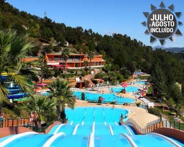 1 Noite & Entradas Parque Aquático Amarante | Verão em Família 2 Adultos + 1 Criança