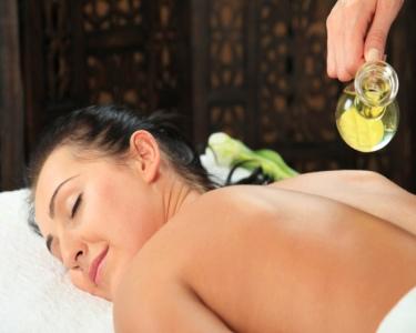 Massagem de Relaxamento com Óleos Aromáticos ao Corpo Inteiro | 1 Hora | Braga
