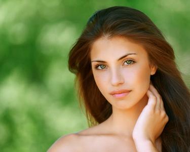 Revigoração Facial | Limpeza + Esfoliação + Radiofrequência | Picoas