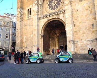 Veja Lisboa com Outros Olhos | Eco Tour num Twizy para Dois