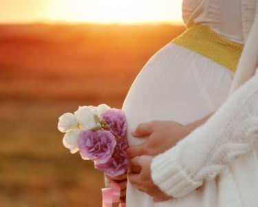 Muitos Sorrisos & Amor   Sessão Fotográfica para Futuras Mamãs   1hora
