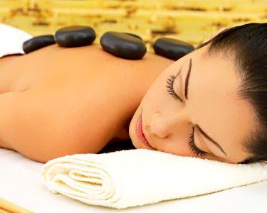 Zen & Relax | Massagem de Pedras Quentes + Ritual de Chá