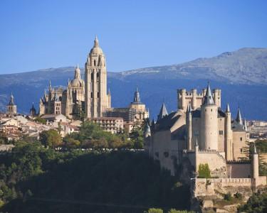 Madrid e Segóvia | 4 Noites + Viagens de Comboio + City Sightseeing
