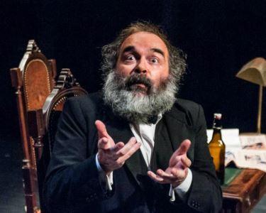 «Marx na Baixa» | Espaço Teatroesfera | 19 a 27 de Setembro | Bilhete Duplo