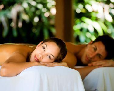 Massagem de Relaxamento a Dois | Brinde à Paixão & Chocolate no Final