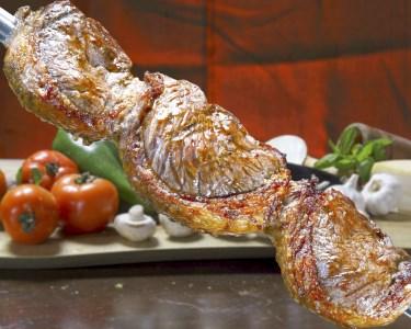 Jantar no Paraíso Tropical para Dois | Picanha, Moqueca e Muito Mais!