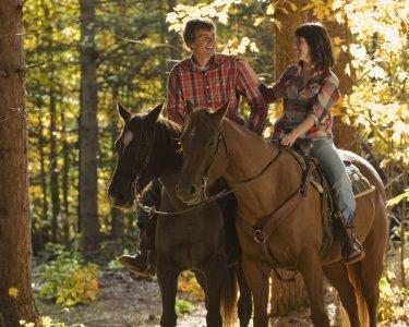 Passeio Romântico a Cavalo | Uma Experiência Inesquecível!