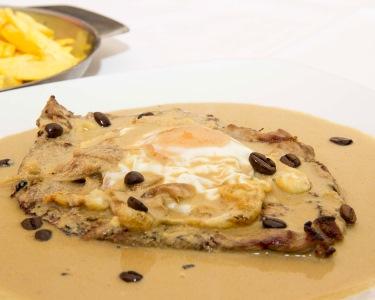 Jantar Gourmet a Dois! Suculentos Bifes no Catita Steak - Alvalade