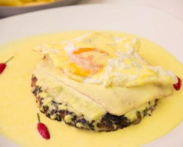 Mega Hambúrguer Gourmet a Dois no Catita Steak | Alvalade