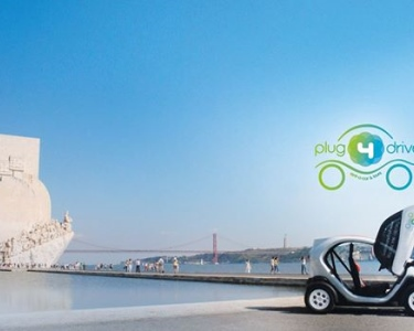 Super Preço | Descubra Lisboa a Dois num Twizy 100% Eléctrico