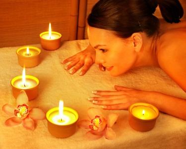 Massagem de Relaxamento | Velas Quentes ou Óleos Aromáticos | 1 Hora